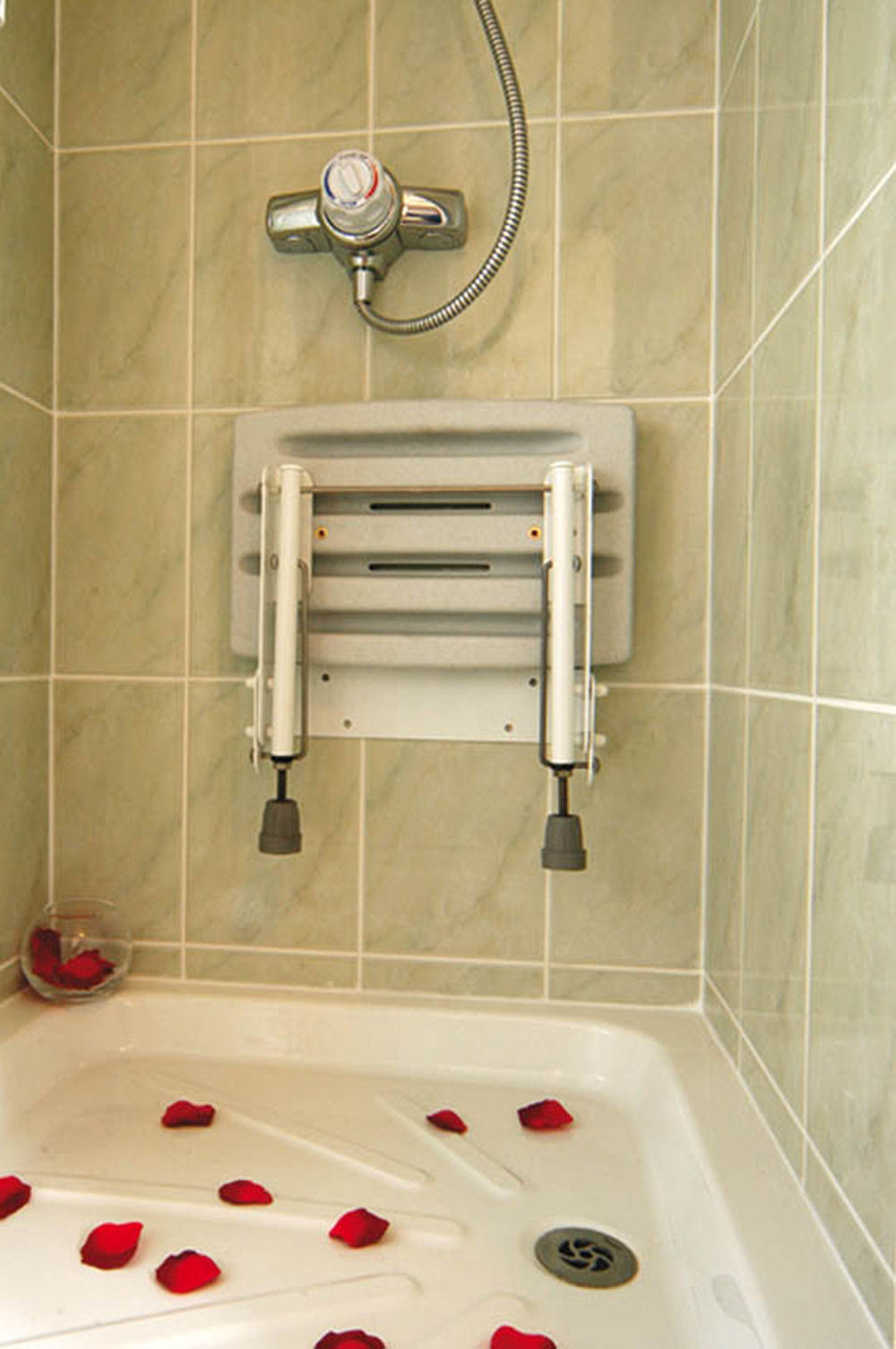 Drop Down Shower Seat With Ajustable Legs Shower Seats